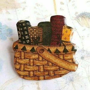 Vintage sewing basket brooch! Artisan made